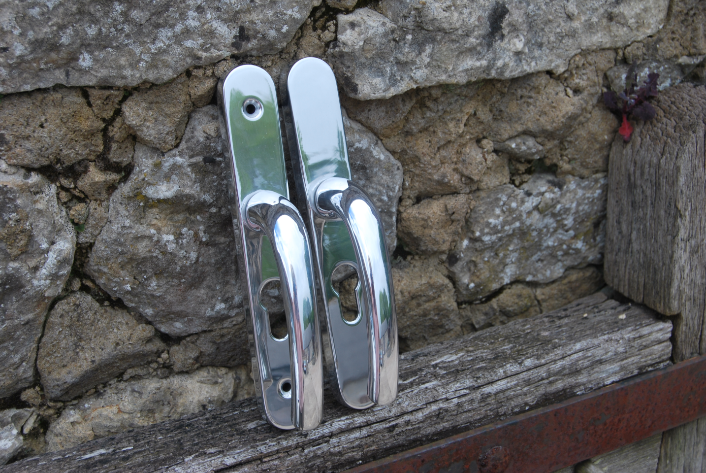 Picture of door handles restored with chroming.